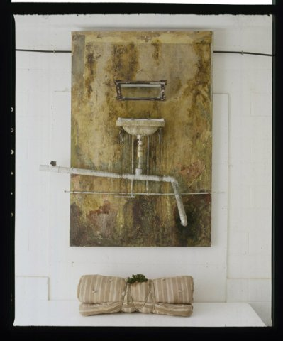 clean myself 3 didziojl 234 x 156 x 37 cm 1997